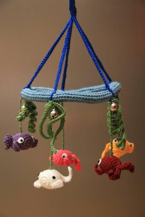 Móvil colgante de peces | Crochet, Amigurumi | Acrílico, Algodón ...