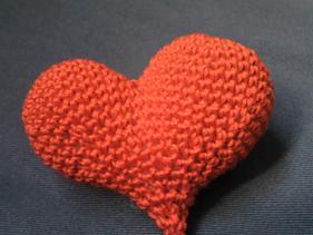 Broche Corazón Amigurimi