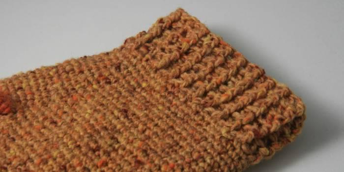 Melitas, crochet mitts